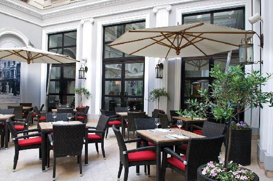 Tbilisi Marriott Hotel: Spend time outside in beautiful Tbilisi on our hotel Patio