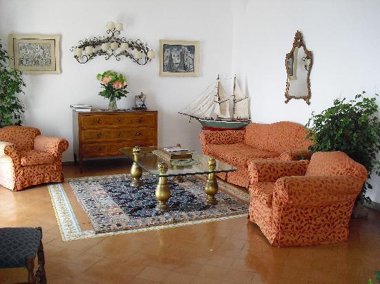 Hotel Miramare: lounge