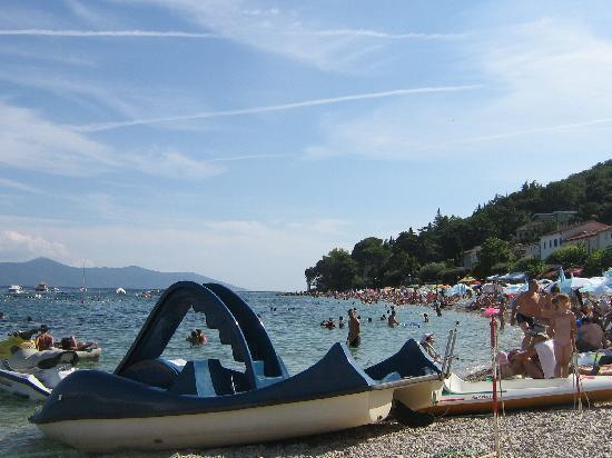 Moscenicka Draga, Kroatië: la piccola spiaggetta