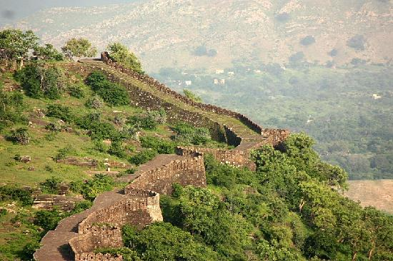 Kumbhalgarh, Inde : Second largest wall after great wall of China