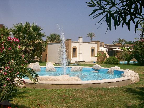 Atrium Palace Thalasso Spa Resort & Villas : la piscine