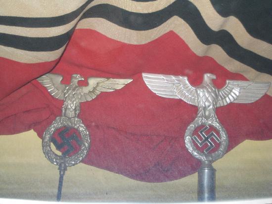 Bastogne, Belgique : Alman Bayrakları