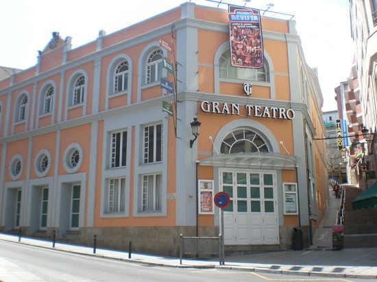 Old Town of Cáceres: Gran teatro