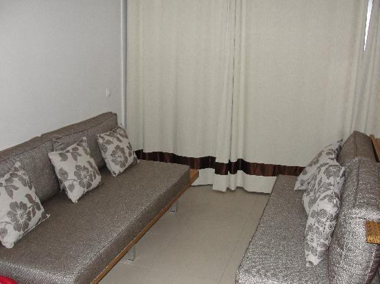 Delta Hotel: Divanetto - room 207