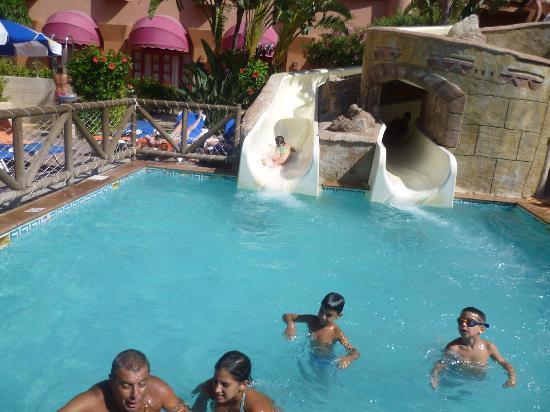Almu ecar playa spa hotel almu car provincia de granada for Hoteles para familias en la playa