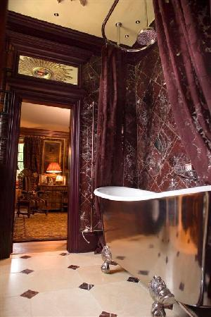 Prestonfield: Owner's Suite bathroom