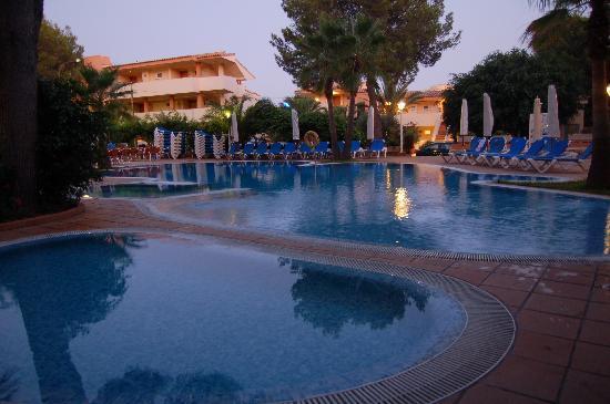 Valentin Paguera Hotel & Aptos: Kinderpool