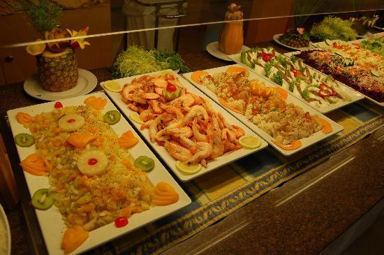 Valentin Paguera Hotel & Aptos: kaltes Buffet