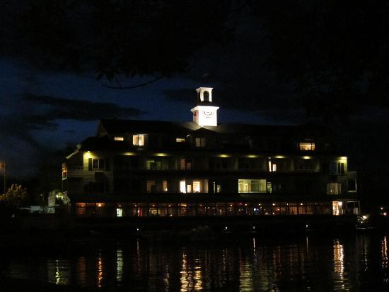 Bay Point at Mill Falls: View of hotel at night