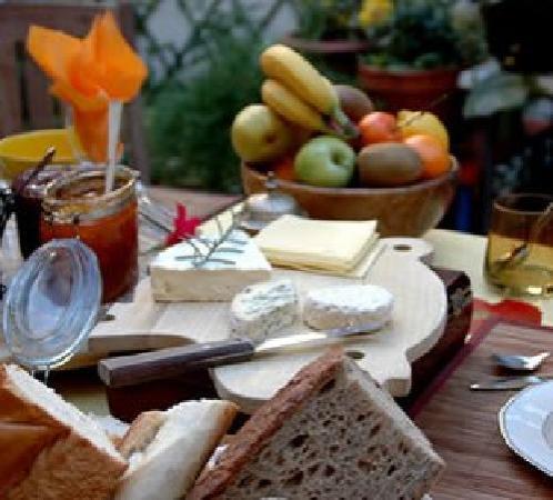 Maison Elzear Ouellet: Le petit déjeuner