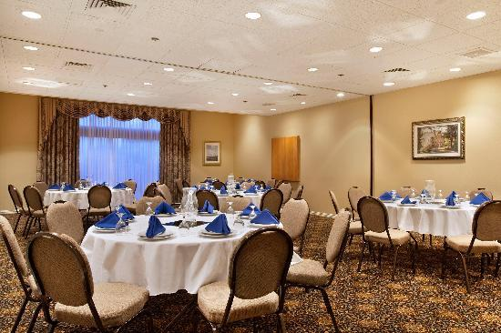 Doubletree By Hilton Hartford Hotel