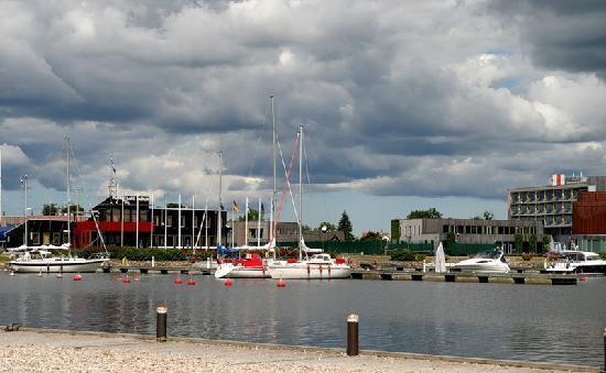 Kuressaare, Estland: Hafen