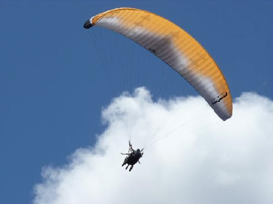 Paragliding Puerto Rico : Opening my wings :)