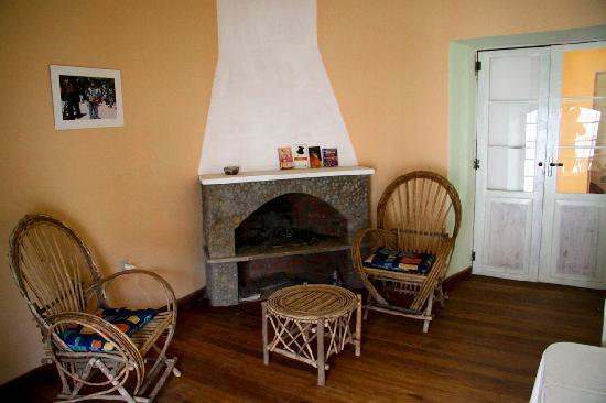 Casa Verde B&B : The cozy fireplace