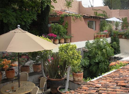 Las Terrazas San Miguel: Casa Grillo private terrace on left