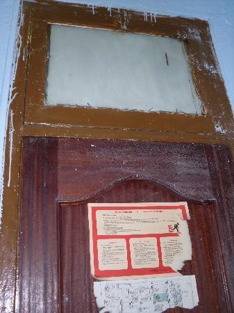 Hostel Manu: Fire evacaution details in a deathtrap - funny!
