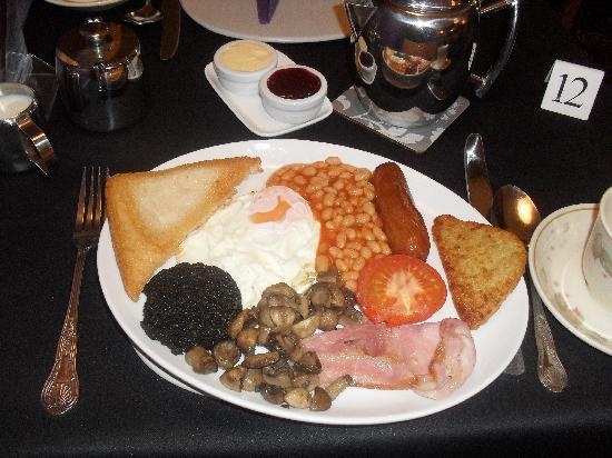By The Seaside : Scrumptious English breakfast