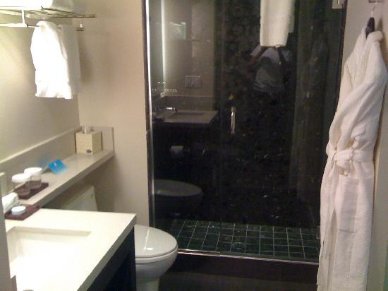 Hotel Keen: Bathroom