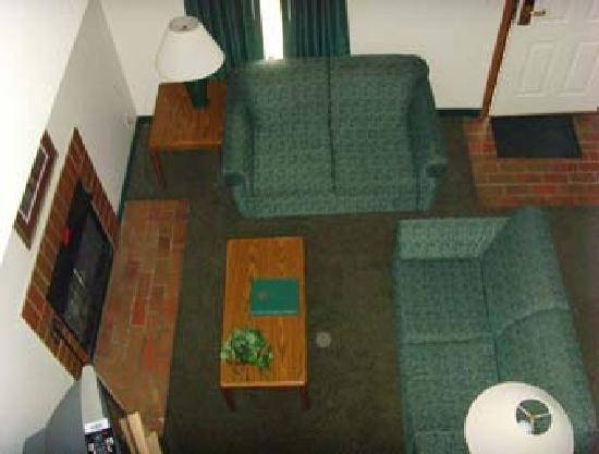 Aspen Ridge Extended Stay: Hawthorn Suites - Room Interior
