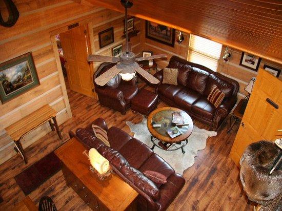Roscoe Hillside Cabins: #5 Gorgeous living room