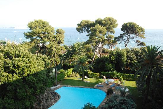 Holiday Inn Cannes: Piscine hôtel