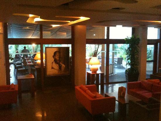 Intérieur hôtel - Picture of Holiday Inn Cannes, Cannes - TripAdvisor