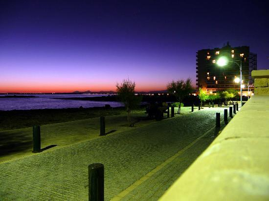 THB Sur Mallorca: at night