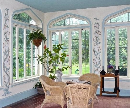 Vintage Gardens Bed & Breakfast : porch room