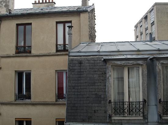 Hotel du Roi Rene: View from the hotel window