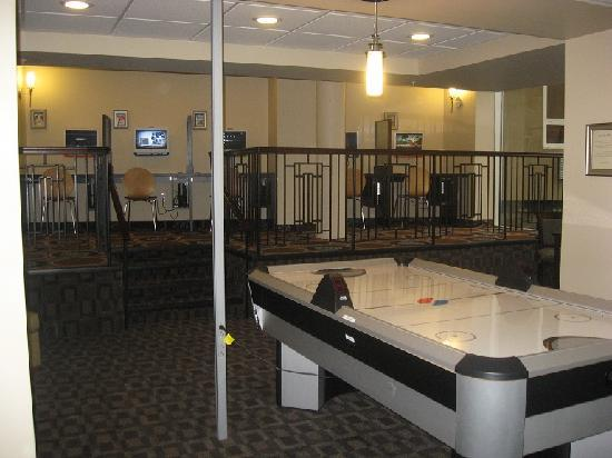 Games Room Picture Of Best Western Plus Chocolate Lake Hotel - Hotel design games