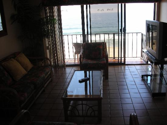 Rosarito Inn, Tower 1, 10th floor - The living room