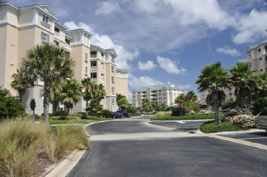 Cinnamon Beach at Ocean Hammock Beach Resort: Arriving at the villas