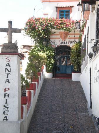 Santa Prisca: Entrada al hotel