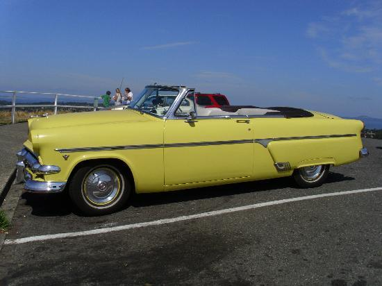 Classic Car Tours: 1954 Ford