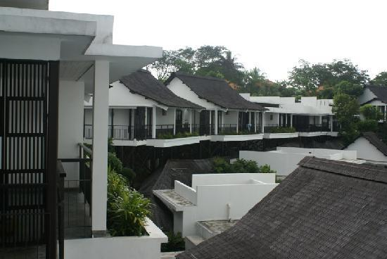 Turi Beach Resort: Tirta-Flügel