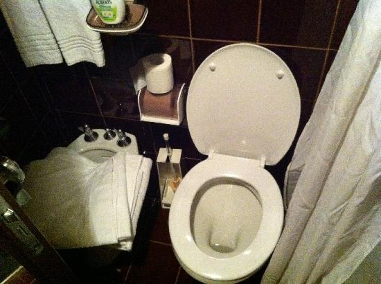 Hotel Solaria: Spazi angusti