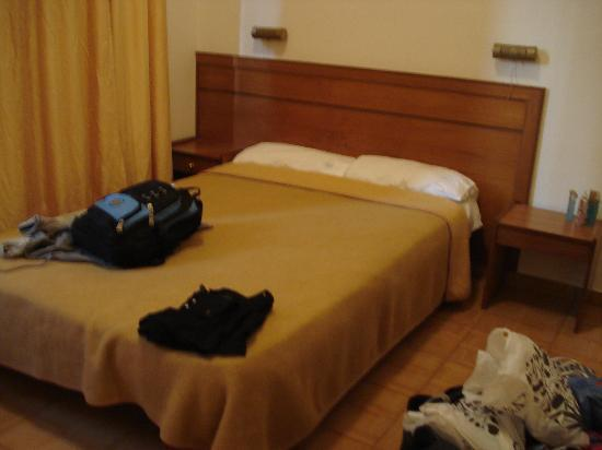 Rio Hotel: Double bed in the room