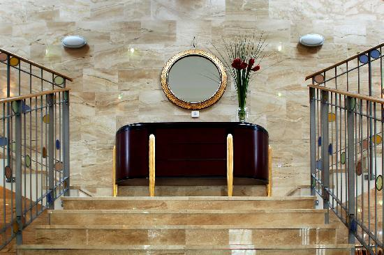 Hotel 365: HOTEL365
