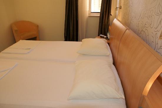Hotel Scaletta: baño