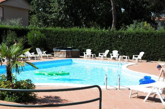 Hotel Duca Della Corgna: la piscina