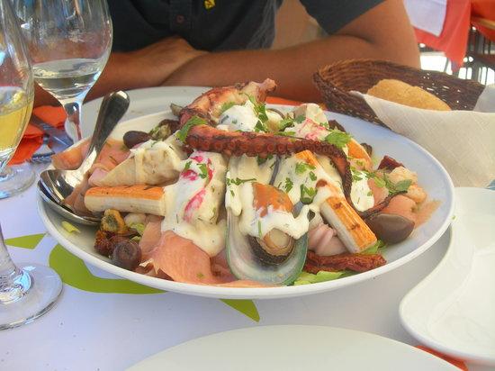 Elli's: L'insalata di pesce