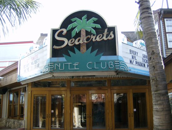 Seacrets Night Club Entrance