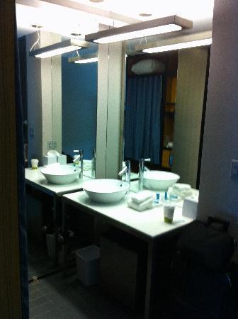 Aloft BWI Baltimore Washington International Airport: 6th Floor Room