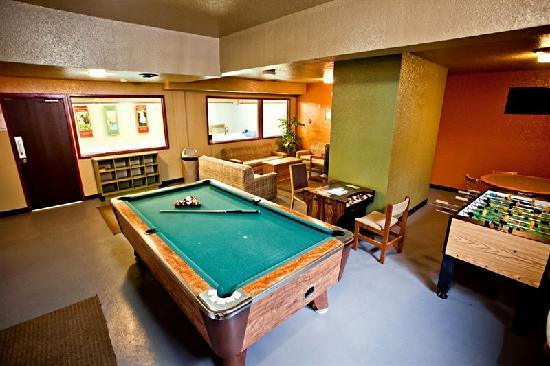 Red Tree Lodge: Games Room