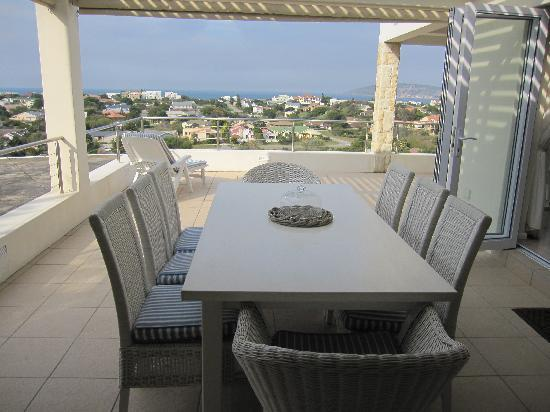 Baia Moya Self-Catering : Breakfast with a view!