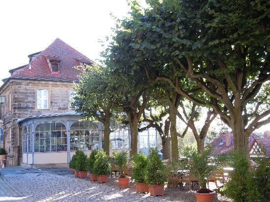 Ristorante Francesco: Francesco3- bietet im Sommer einen tollen schattigen  Biergarten mit Blick auf Bamberg