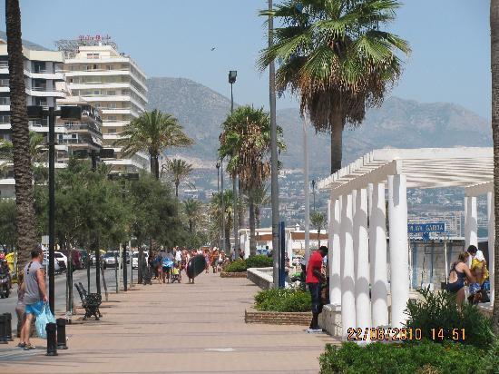 Hotel Las Palmeras: Seafront