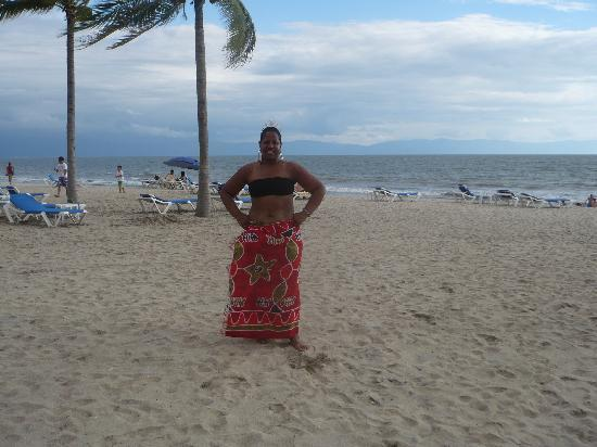 Hotel Riu Palace Pacifico: Celebrating 53rd on the beach