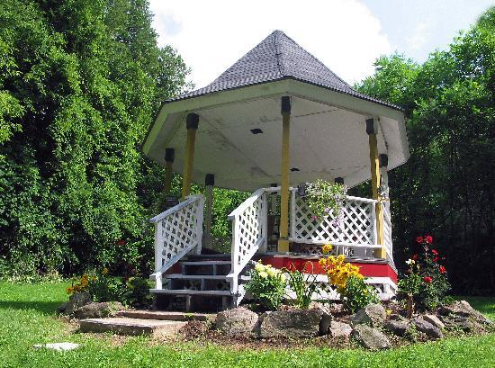 The Gazebo Inn: The Gazebo