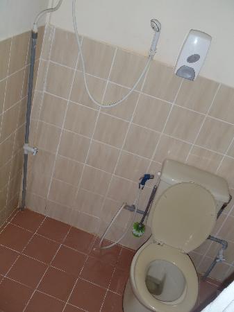 Ayumayang Redang Island Resort : Bathroom